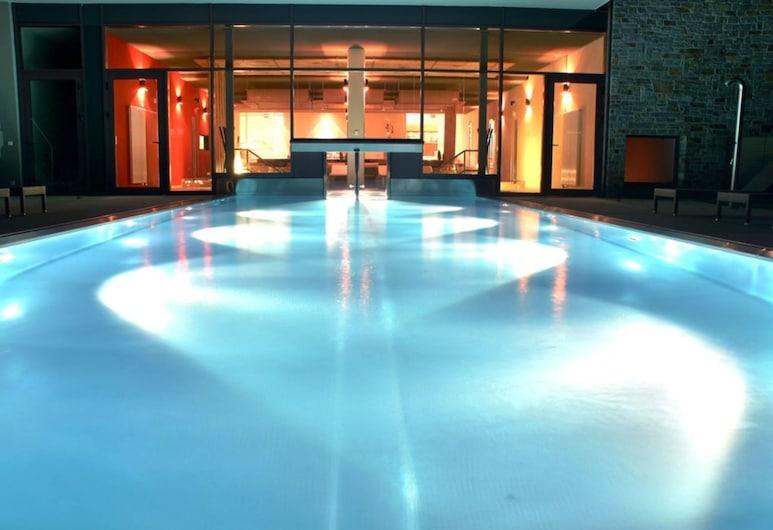 Hotel Lauterbad, Freudenstadt, Piscina con borde infinito