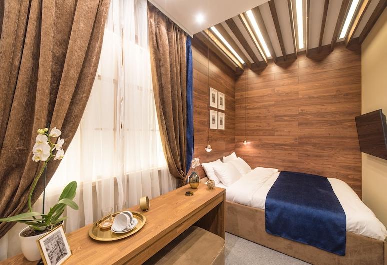 Lido Central hotel, Vladivostok, Standard Room, 1 Queen Bed, No Windows, Guest Room