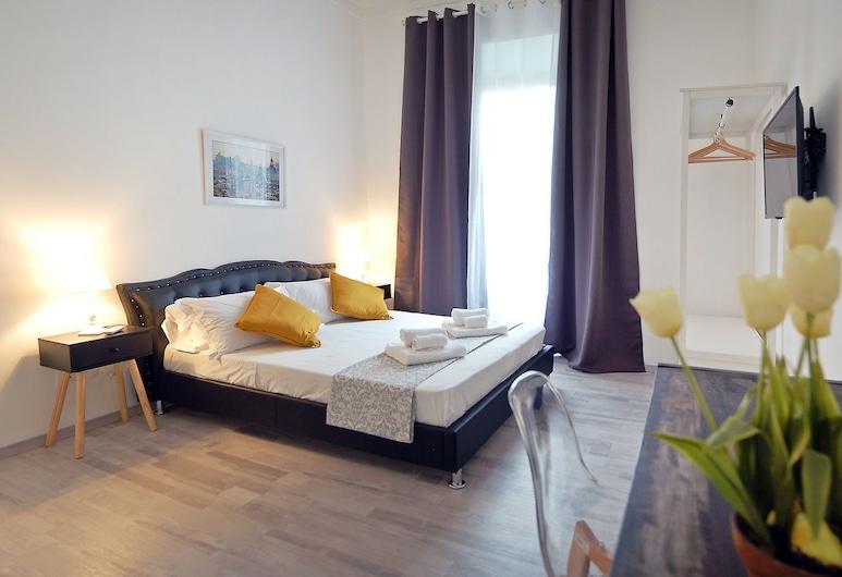 龐佩歐瑪格諾白色豪華公寓酒店, 羅馬