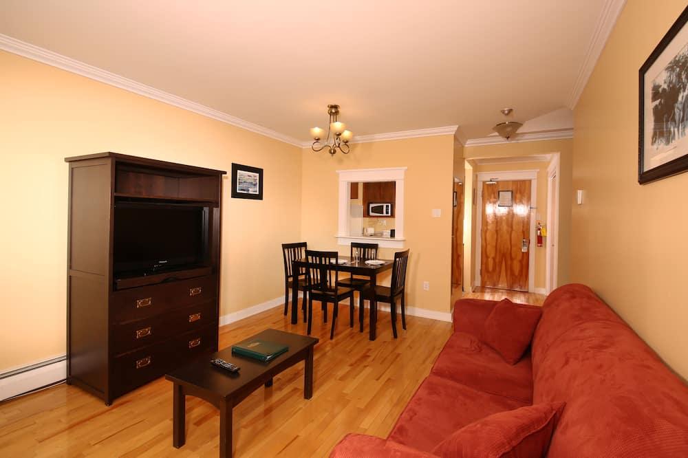 Family Suite, 1 Katil Ratu (Queen) dengan Katil Sofa, Partial Ocean View - Ruang Tamu