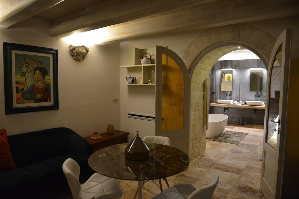 Deluxe House, 1 Queen Bed - Living Area