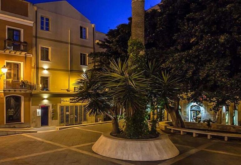 Maison Savoia, Cagliari