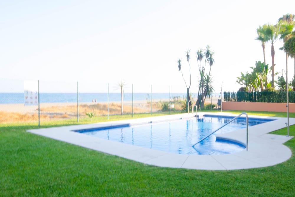 Családi ház, fürdőszobával, kilátással a tengerre (Casa Caita) - Medence