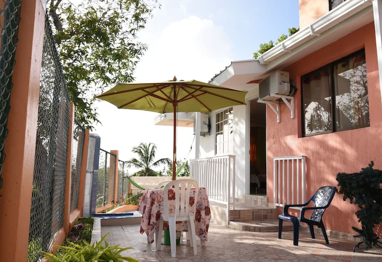 Posada Marcia Place, San Andres, Comfort Apartment, 2 Double Beds, Smoking, Sea View, Terrace/Patio