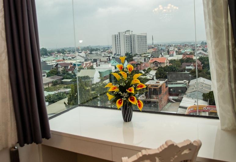 Elizabeth Hotel, Thu Dau Mot, Premium Suite, Courtyard View, View from room