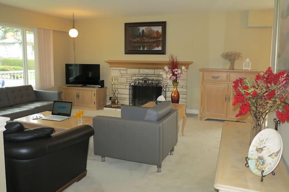 SWEET HOME - 3 BEDROOM