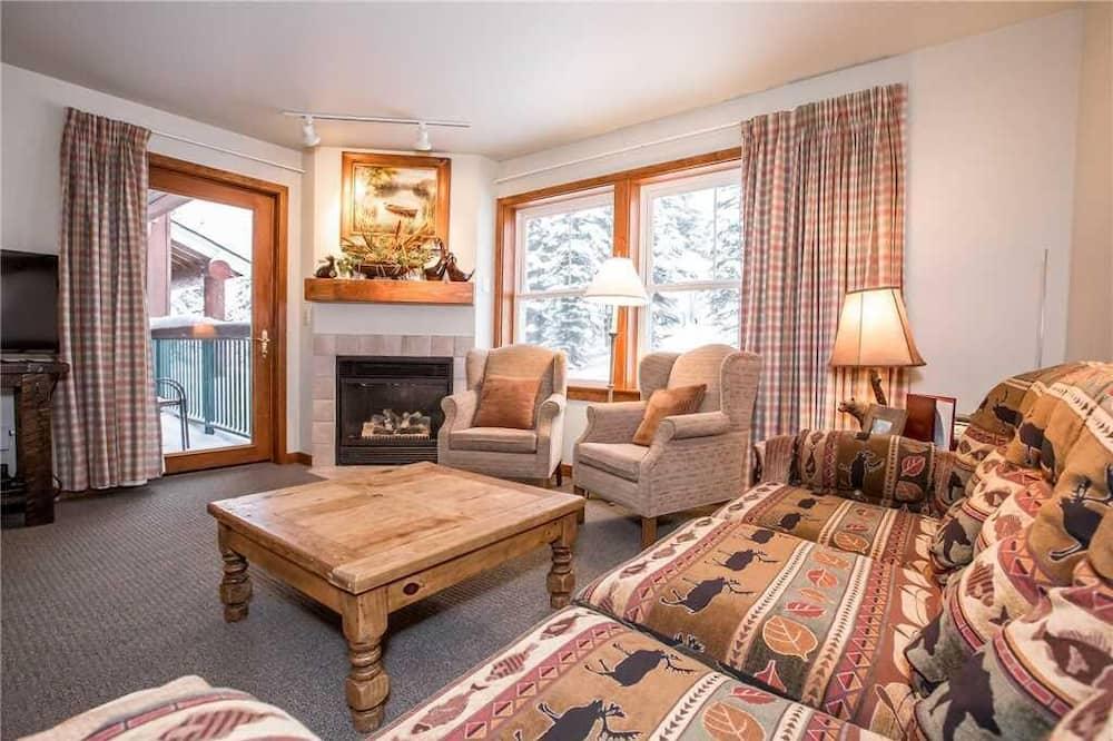 Soukromý byt, 3 ložnice - Obývací pokoj