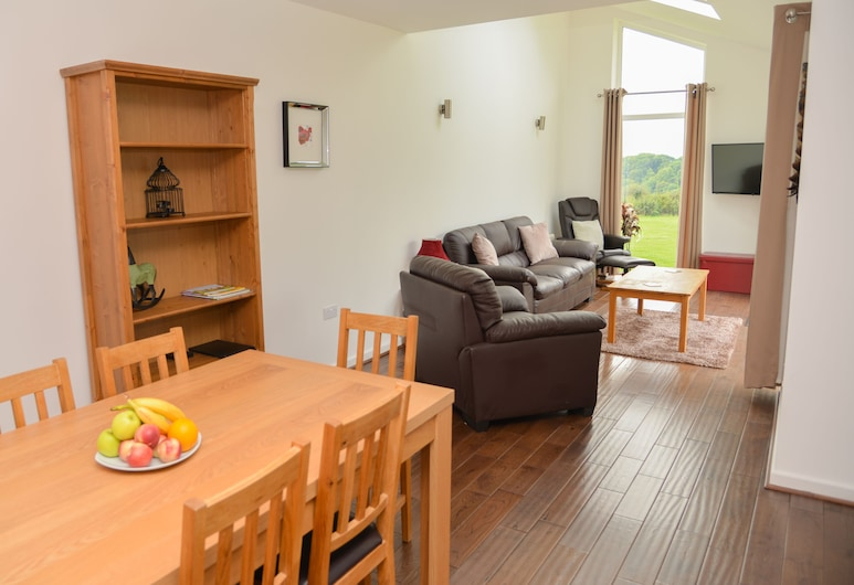 Daisy Bungalow Near Sidmouth, Sidmouth, Cottage, Multiple Beds, Living Room