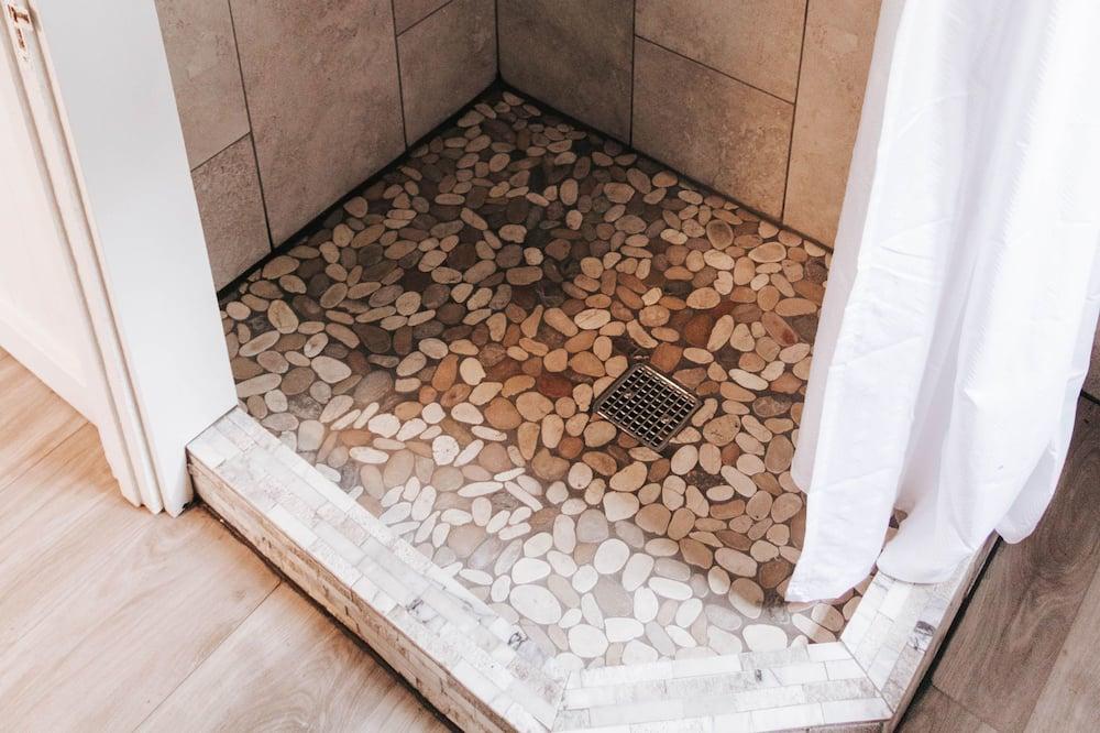 M22 Stone Cottage - Ванна кімната