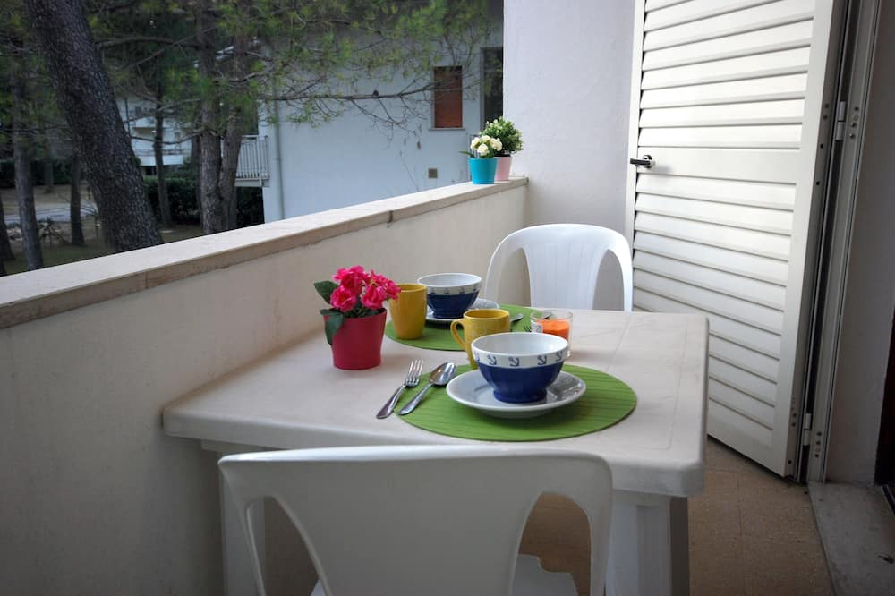 Apartment, 2 Bedrooms (C-7) - Terrace/Patio