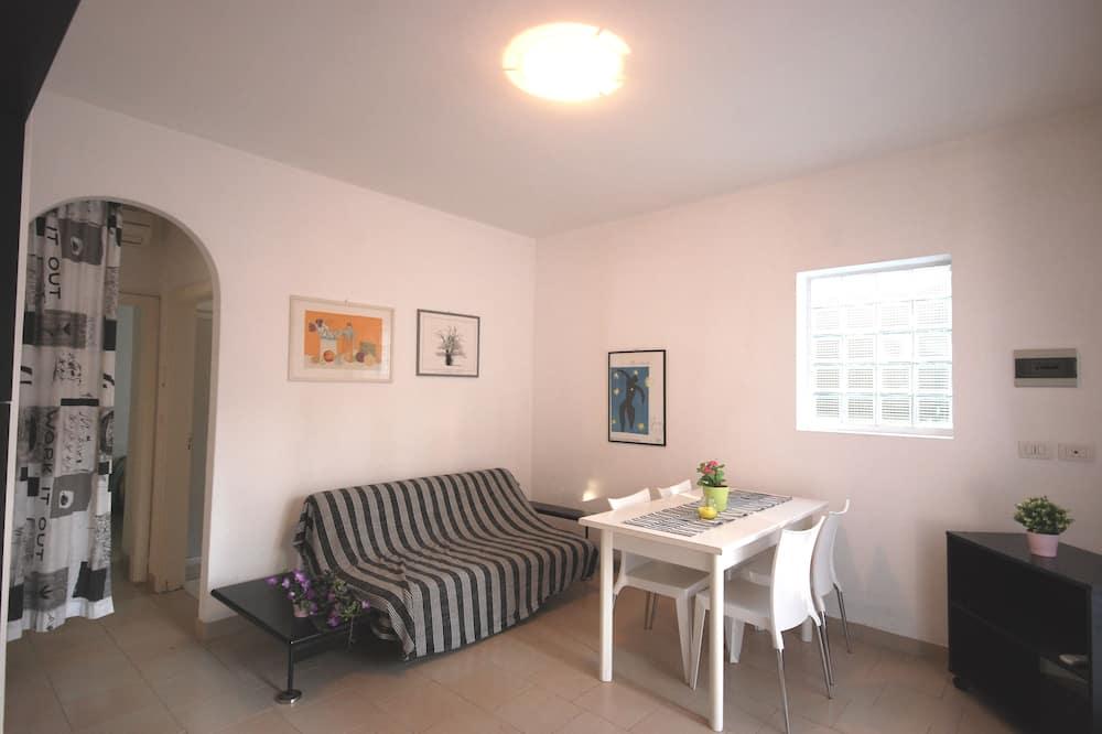 Apartment, 2 Bedrooms (C-6) - Living Area