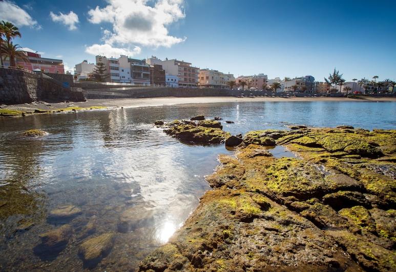 سان أنطونيو فيفاك أبارتامنتوس, موجان, الشاطئ