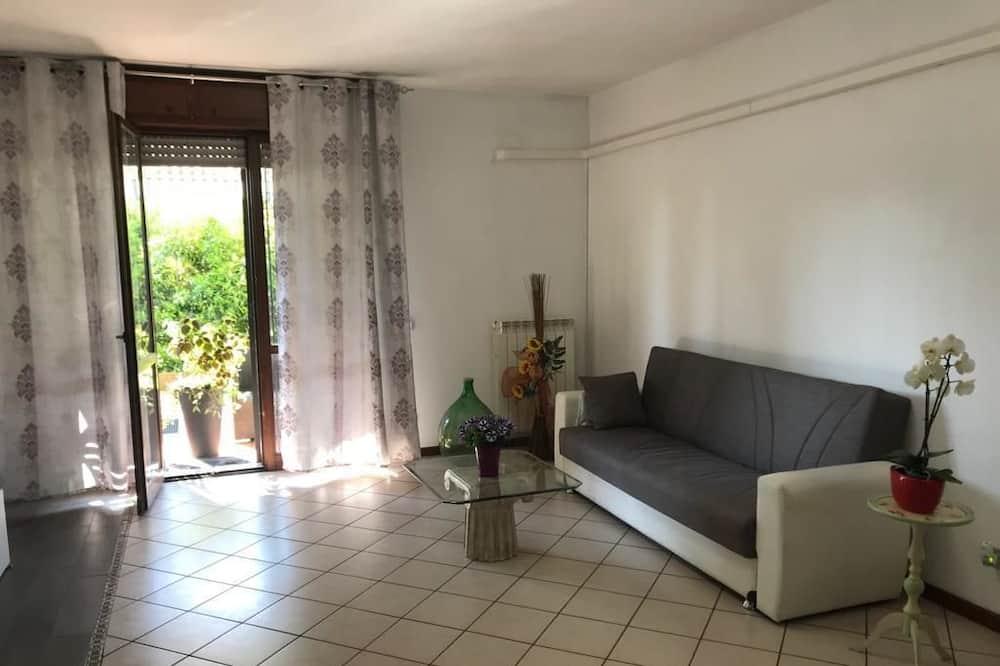 Apartmán, 3 ložnice, v zahradě - Obývací prostor