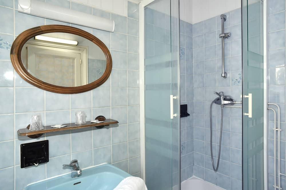 Quarto Familiar - Casa de banho