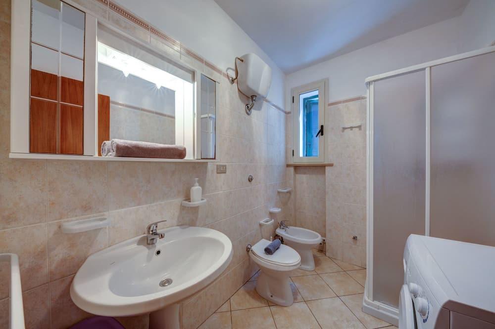 Villa, 4 hálószobával, terasz, kilátással a tengerre - Fürdőszoba