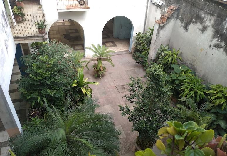 Casa Elias, Havana
