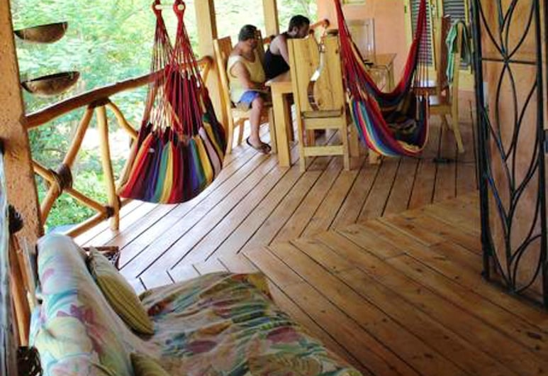 House With 3 Bedrooms in Las Galeras, With Wonderful sea View, Enclosed Garden and Wifi - 200 m From the Beach, Las Galeras, Tempat Makan dalam Bilik
