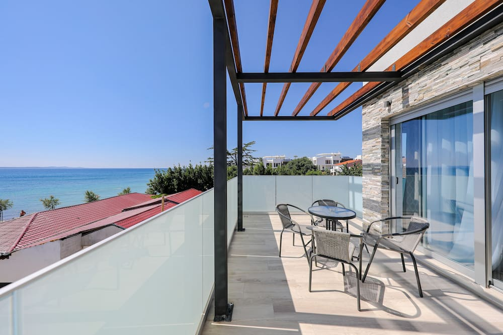 Exclusive Apartment, Beach View - Balcony