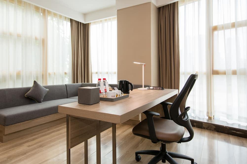 Habitación con 2 camas individuales, con vista - Sala de estar