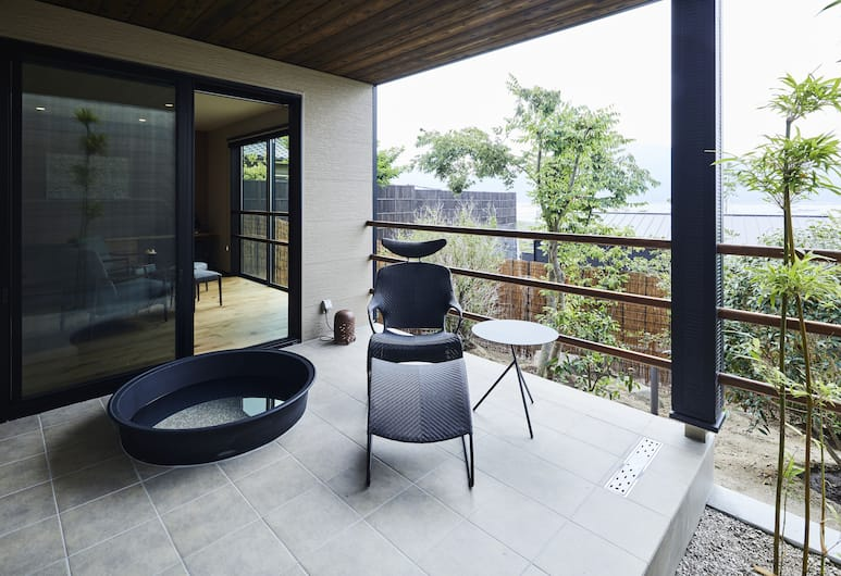 Miyajima Hanarenoyado IBUKU Bettei, Hatsukaichi, Prémium szoba két külön ággyal, nemdohányzó (Western Style, Private Open Air Bath), Terasz/udvar
