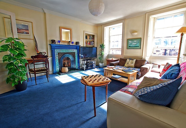Thistle Street - Heart of the City 2-bedroom Apt, Edinburgh