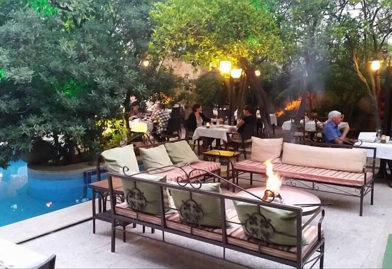 Villa Perla Hotel , Antalya, Terrasse/Patio