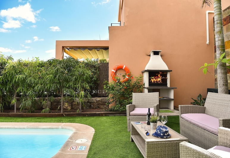 Salobre Golf Resort Villa Lagos 12, San Bartolome de Tirajana, BBQ/Picnic Area