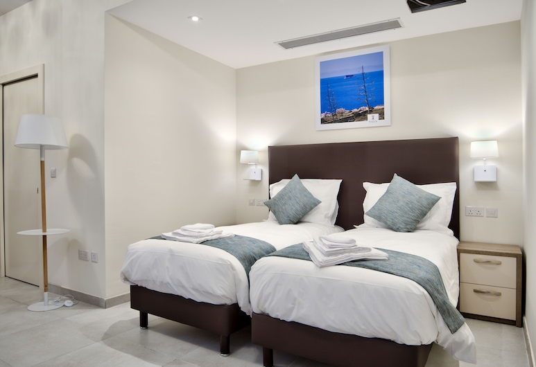 The Suites - Piazza Kirkop, Kirkop, Family Double or Twin Room (No4), Guest Room