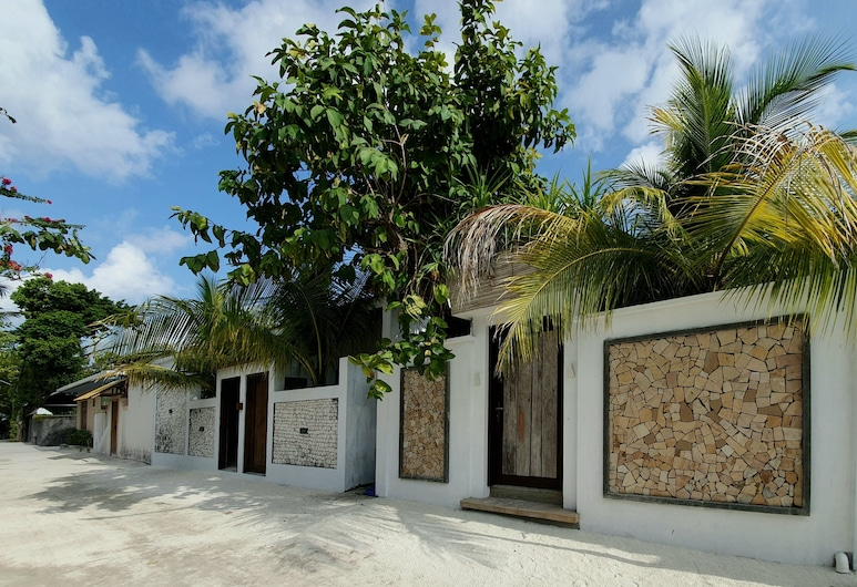 Brickwood Holiday Home, Rasdhoo