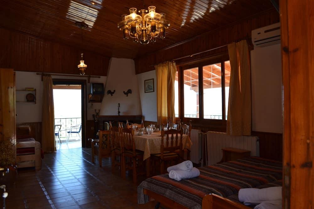 Apartment, 1 Schlafzimmer (Attic) - Wohnbereich