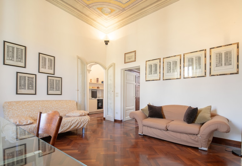 Montebello Elegant, Florence, Classic Apartment, 1 Bedroom, Living Room