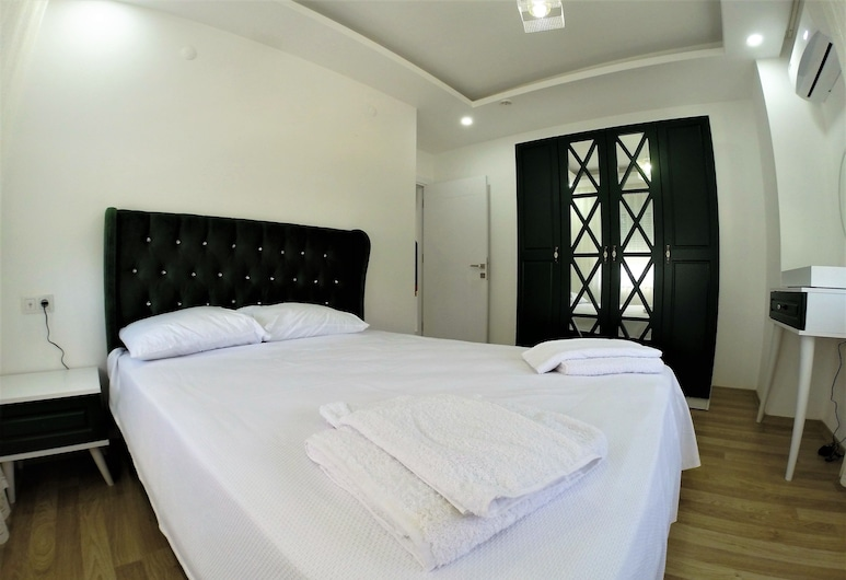 Furkan Homes, Konyaaltı, Deluxe-Apartment, 1 Schlafzimmer, zum Garten hin, Zimmer