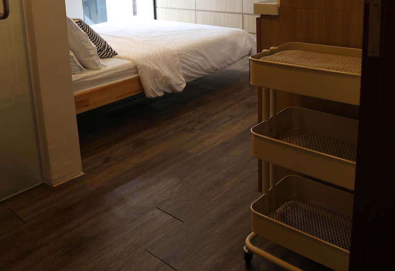 Self-contained Fully Furnished Studio With Housekeeping, สิงคโปร์, ห้องพัก