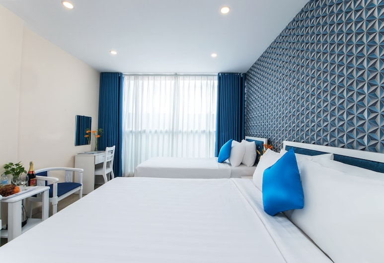 Senses Central Hotel, Ho Chi Minh City, Family Triple Room, City View, Guest Room
