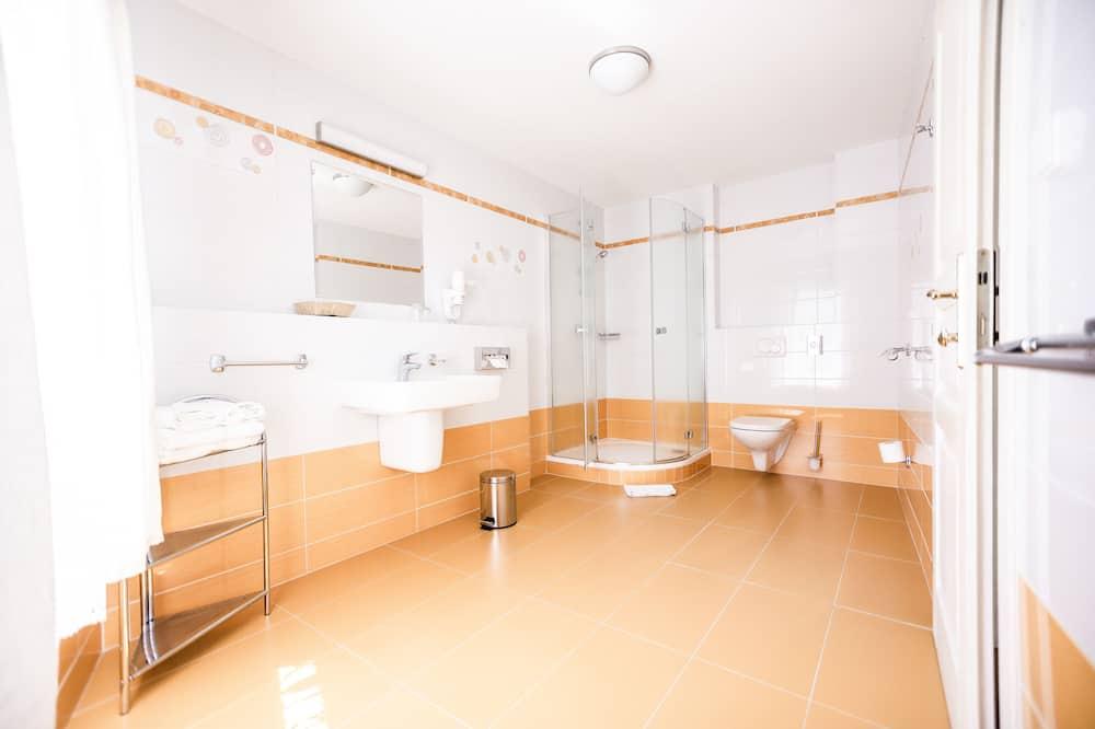 双人房, 1 张大床和 1 张沙发床 (4) - 浴室