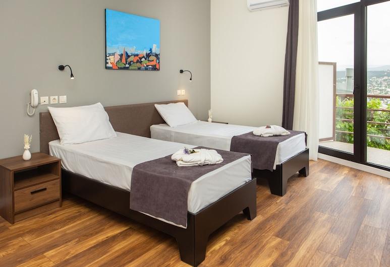 Vista Hotel, Tbilisi, Standard - kahden hengen huone, Terassi, Kaupunkinäköala, Vierashuone