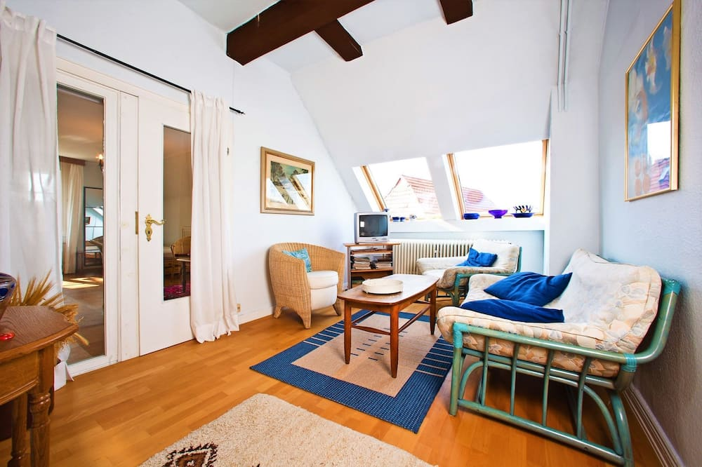 Huoneisto (Eichhof incl. 60 EUR cleaning fee) - Oleskelualue