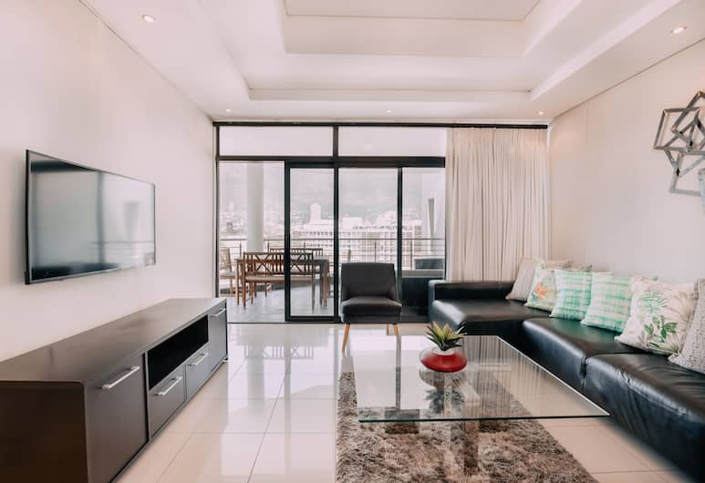 905 Flatrock, Cape Town, Luxury Apartment, 2 Bedrooms, Living Area