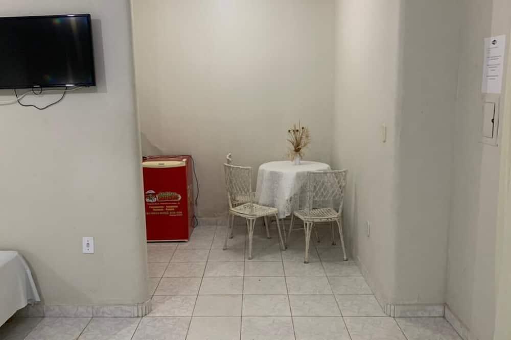 Pokój dla 3 osób - Wyżywienie w pokoju