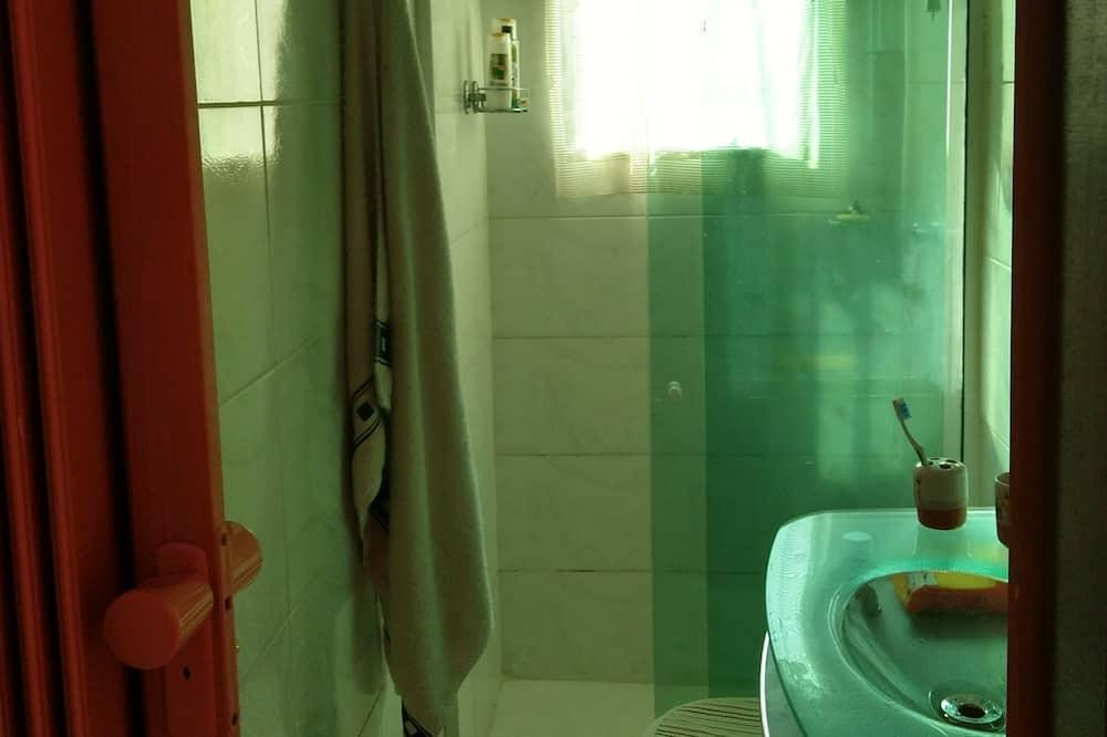 家庭獨棟房屋, 4 間臥室 - 浴室
