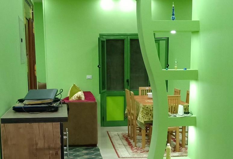 The Sun Apartment, Gizeh, Interior