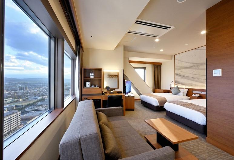 Oriental Suites Airport Osaka Rinku, Izumisano, Pagerinto tipo dvivietis kambarys (2 viengulės lovos), kampinis (Extra bed), Svečių kambarys