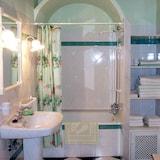 Kamar Single, kamar mandi umum (Manolo) - Kamar mandi