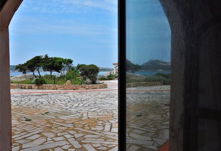 Le Dimore di Baia Santa Reparata, Santa Teresa di Gallura, Apartment, 2 Bedrooms, 2 Bathrooms (Trilo 5), Terrace/Patio