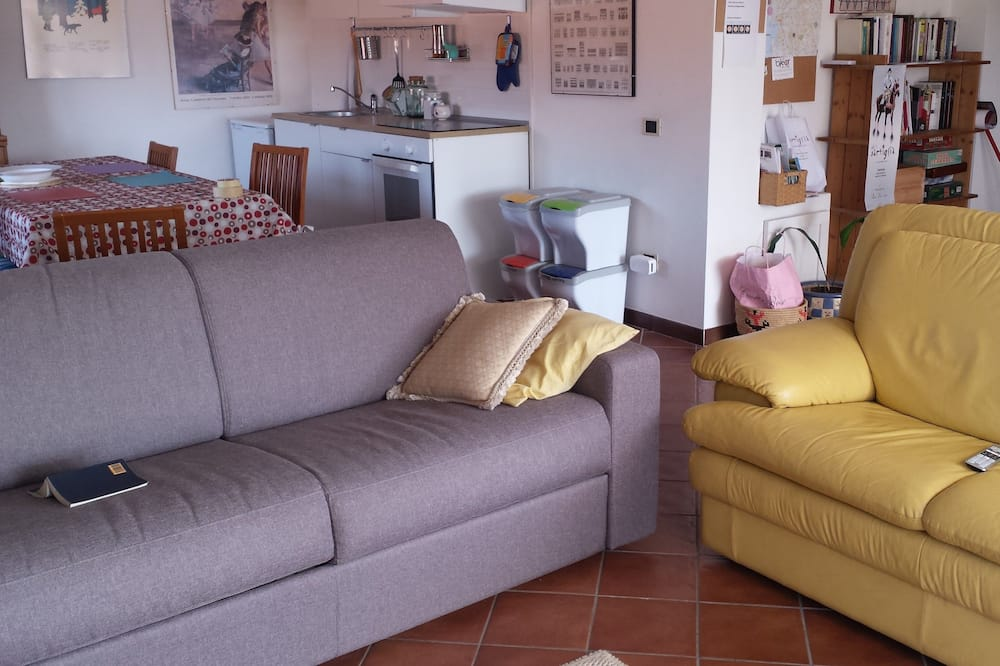Apartment, Mehrere Betten, Parkblick - Wohnbereich