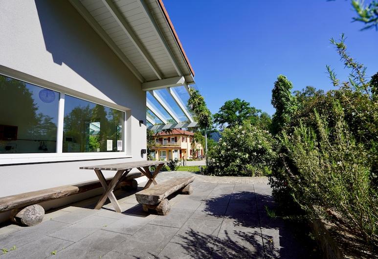 Busses Guesthouse, Friburgo de Brisgovia, Restaurante al aire libre