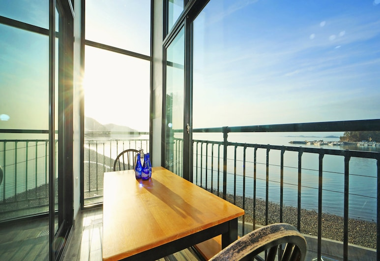 Yesu Wow A Pension, Yeosu, Herbergi (A201 (Ocean View)), Svalir