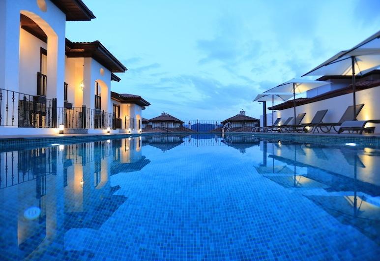 Verde Suites Akyaka, Ula, Pool