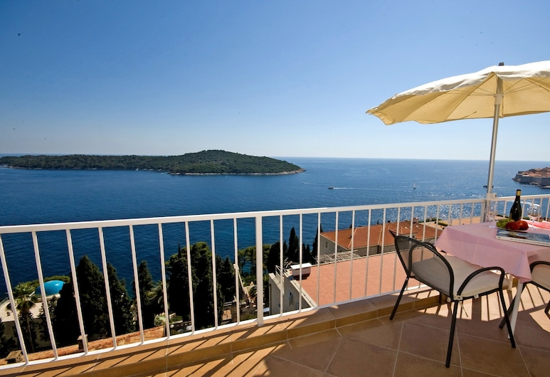 Apartments Sipa, Dubrovnik, Superior Apartment, 1 Bedroom, Balcony, Sea View, View from room