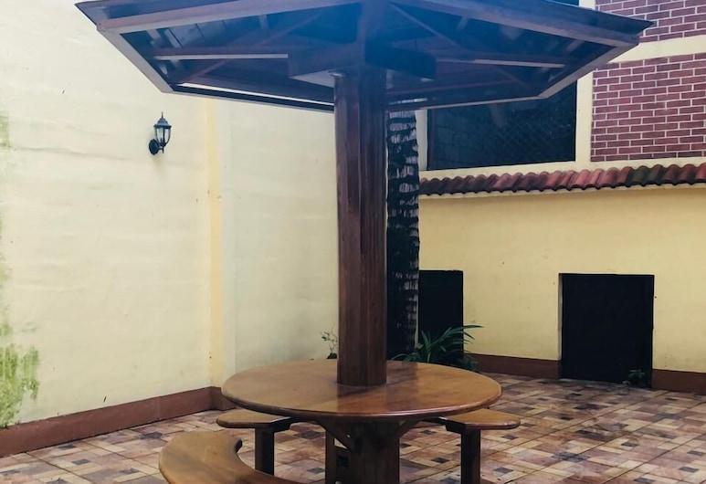 Hotel Sarita, Camojá, Терраса/ патио